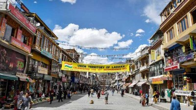 5 Nights 6 Days Ladakh Tour