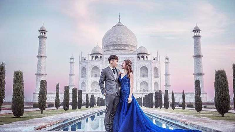 Luxury Taj Mahal  Over Night Tour